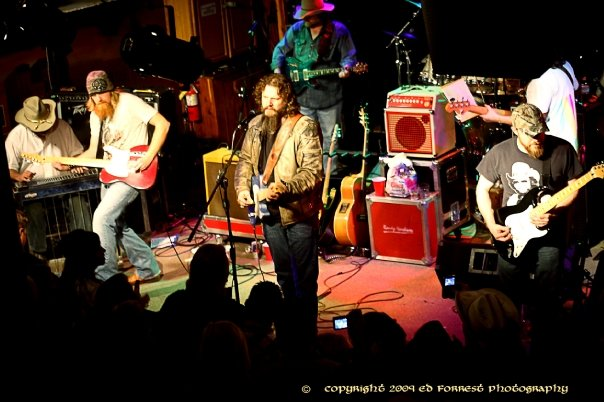 JAMEY JOHNSON THE STAGE MAR 2009.jpg