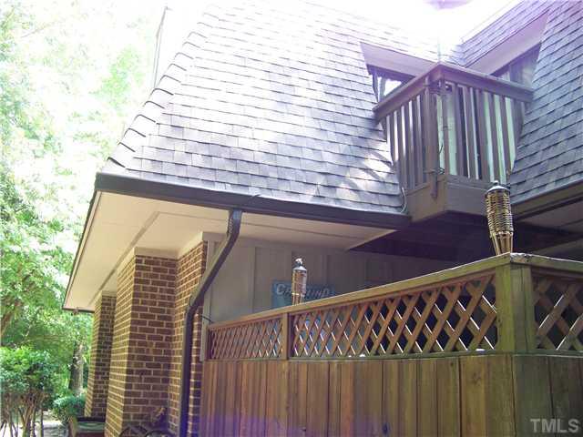 Brookberry_Drive,_246_-_Deck_Exterior.jpg