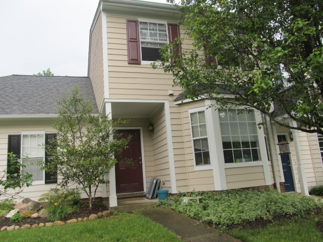 Standish Drive, 308 - Townhome Entrancee.JPG