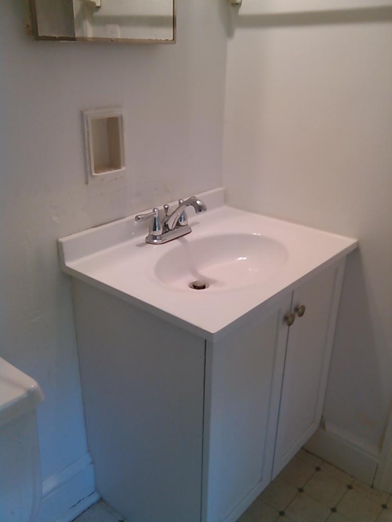 Graham Street, S., 120 - Bathroom vanity.jpg