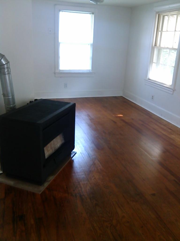 Graham Street, S., 120 - Living Room.jpg