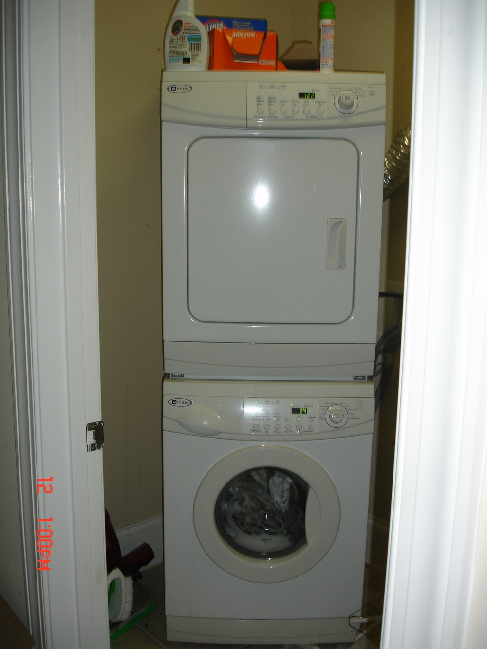 Rosemary Street, 400 W. - #112 - Stack washer-dryer.JPG