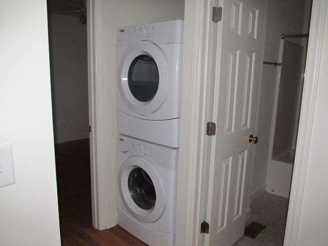 Stinson Street, 118 - Stack Washer-Dryer.jpg