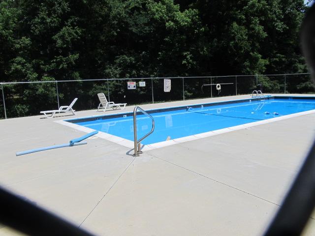 University Gardens Pool.jpg