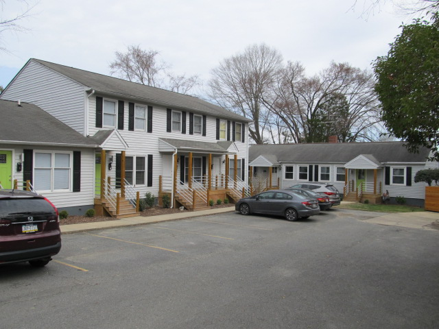 Greensboro, N., 504 - View of Complex.JPG