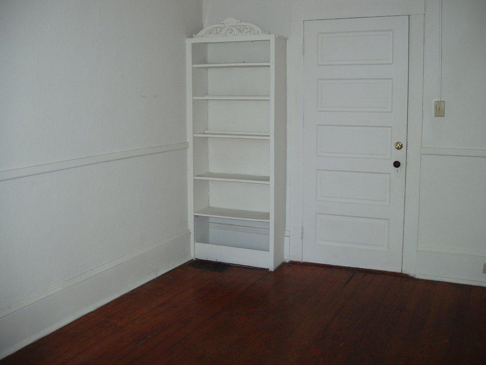 Rosemary Street, 408 E. - #2 - Bedroom.JPG