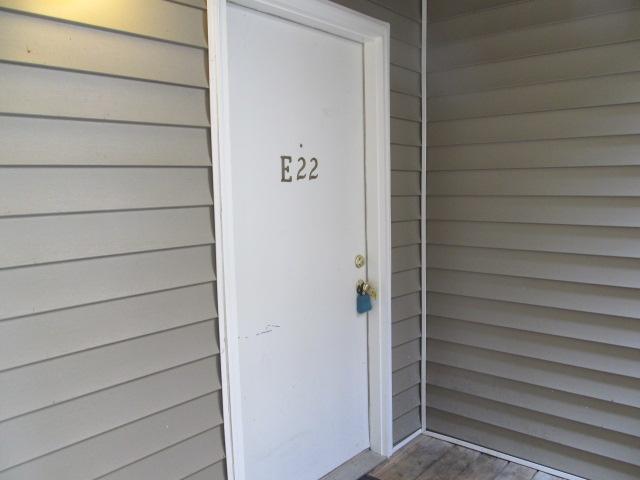 Smith Level Road - 303-E22 - Condo Entrance.JPG