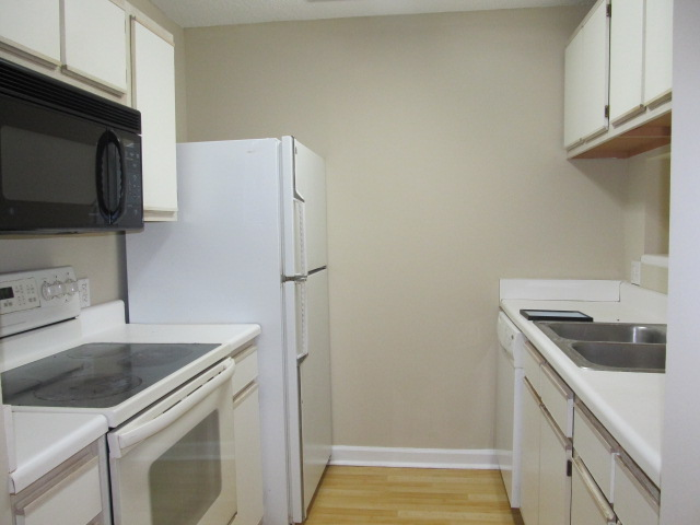 Smith Level Road - 303 - C13 - Kitchen.jpg