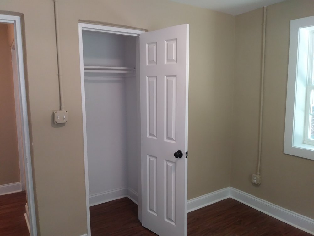 Isley Street, 103-B Bedroom.jpg