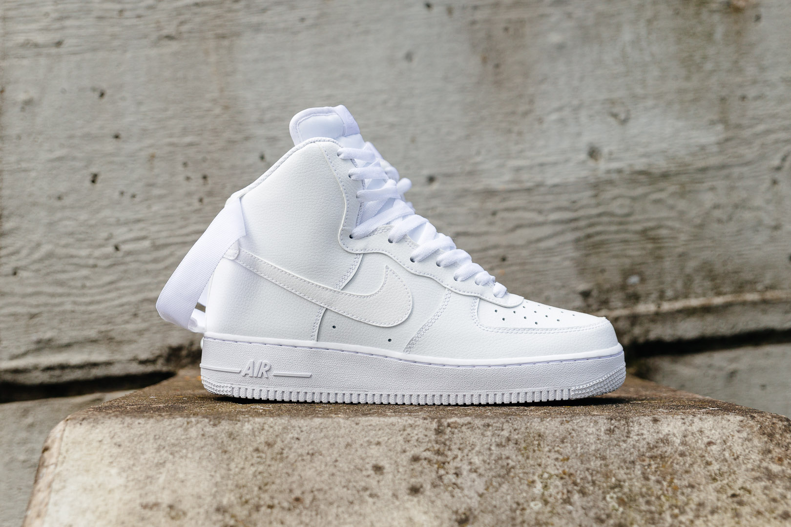 new product 87c13 42fd1 NIKE-AIR-FORCE-1-HIGH-07-WHITE-0950-