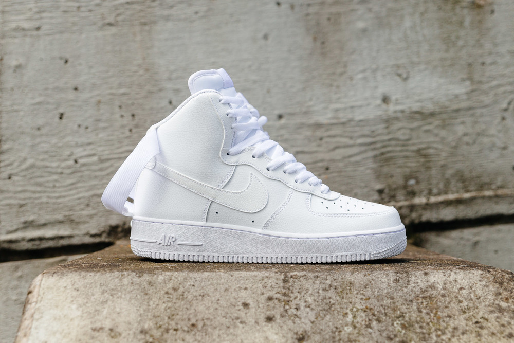 NIKE-AIR-FORCE-1-HIGH-07-WHITE-0950-INS-SoleHeaven-.jpg