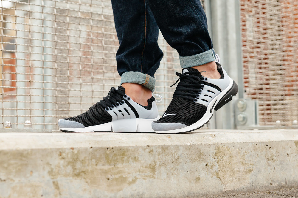 NIKE-AIR-PRESTO-BLACK-WHITE-2659-INS-SoleHeaven-ON-FOOT-OTF.jpg