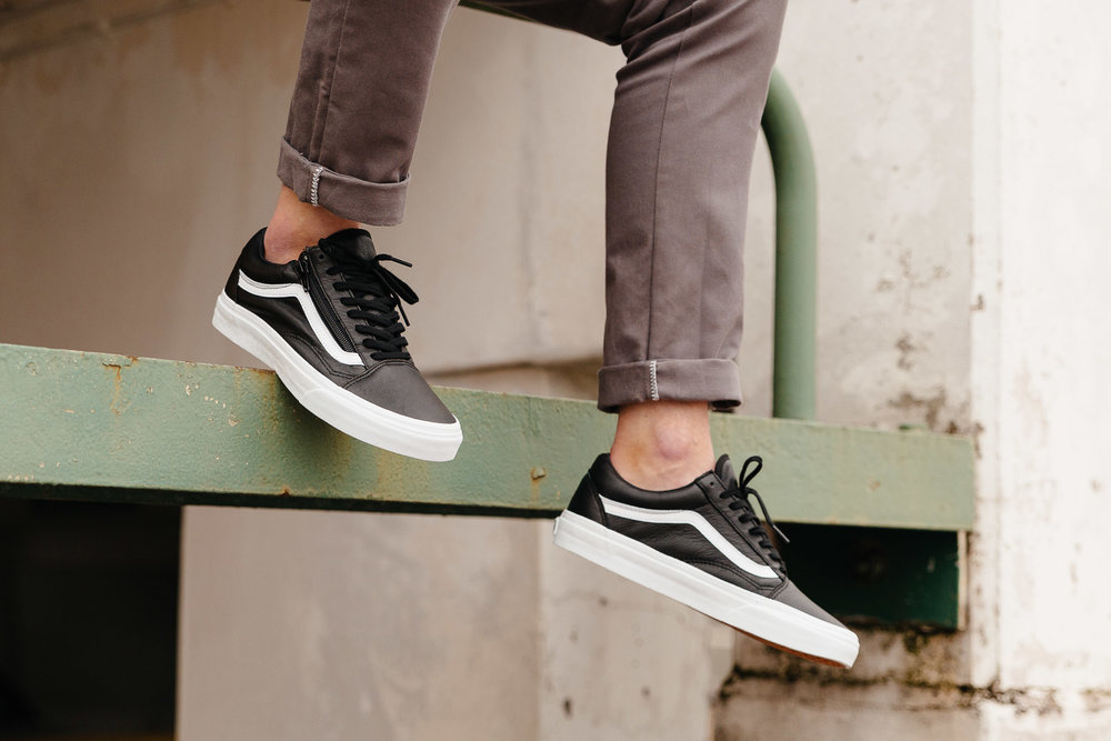VANS-OLD-SKOOL-ZIP-PREMIUM-LEATHER-BLACK-WHITE-V18GEW9-0643-INS-SoleHeaven-.jpg