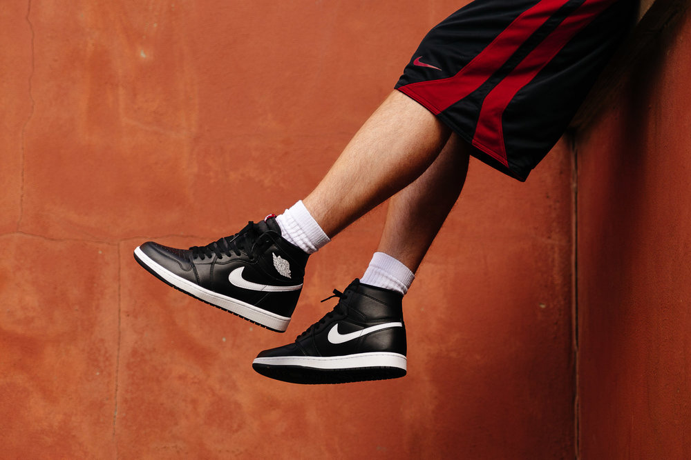 NIKE-AIR-JORDAN-1-RETRO-HIGH-OG-YIN-YANG-BLACK-6350-WEB-SoleHeaven-.jpg