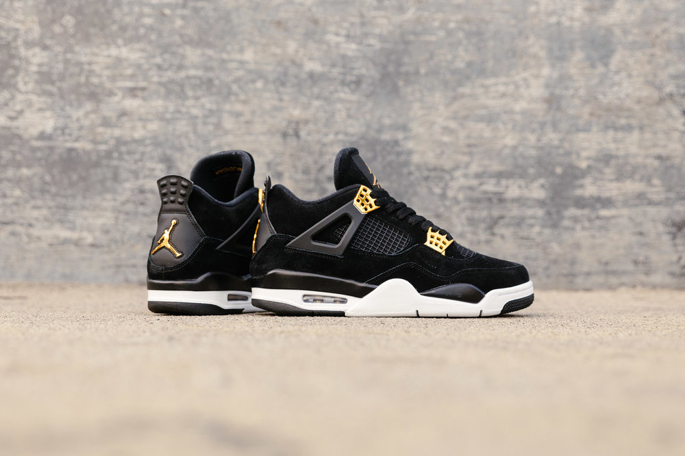 NIKE-AIR-JORDAN-4-ROYALTY-BLACK-BLACK-METALLIC-GOLD-WHITE-308497-032-3315-INS-SoleHeaven-.jpg