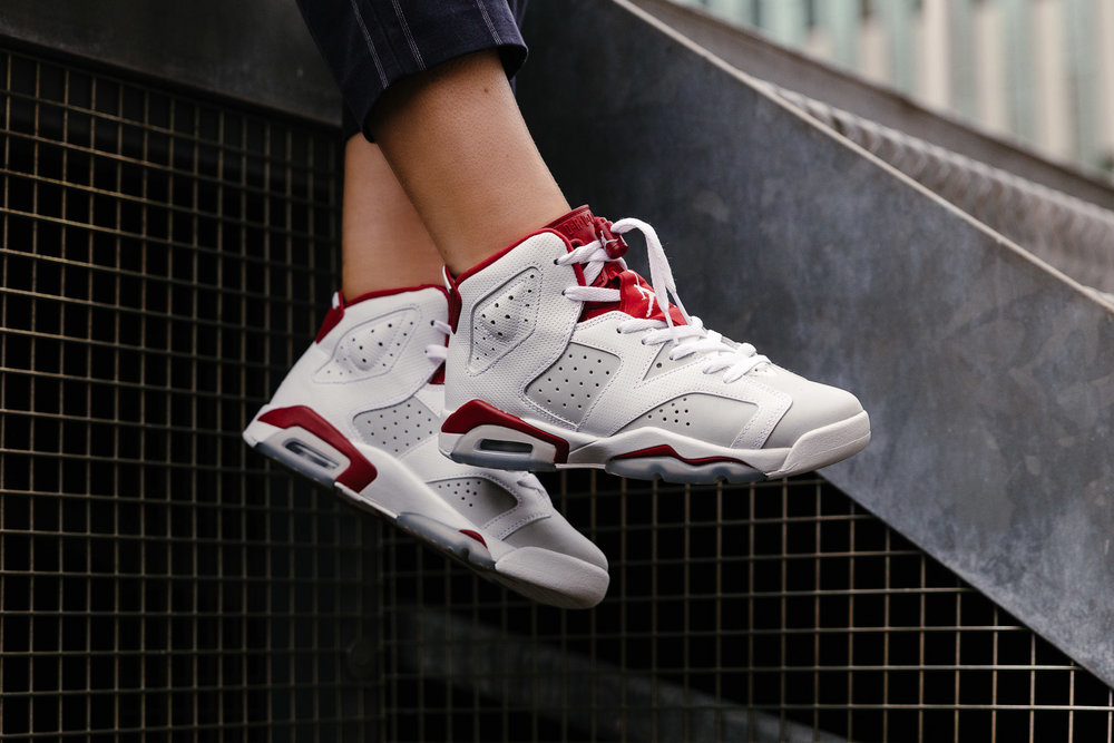 NIKE-AIR-JORDAN-6-RETRO-BG-WHITE-GYM-RED-PURE-PLATINUM-384665-113--INS-SoleHeaven-.jpg