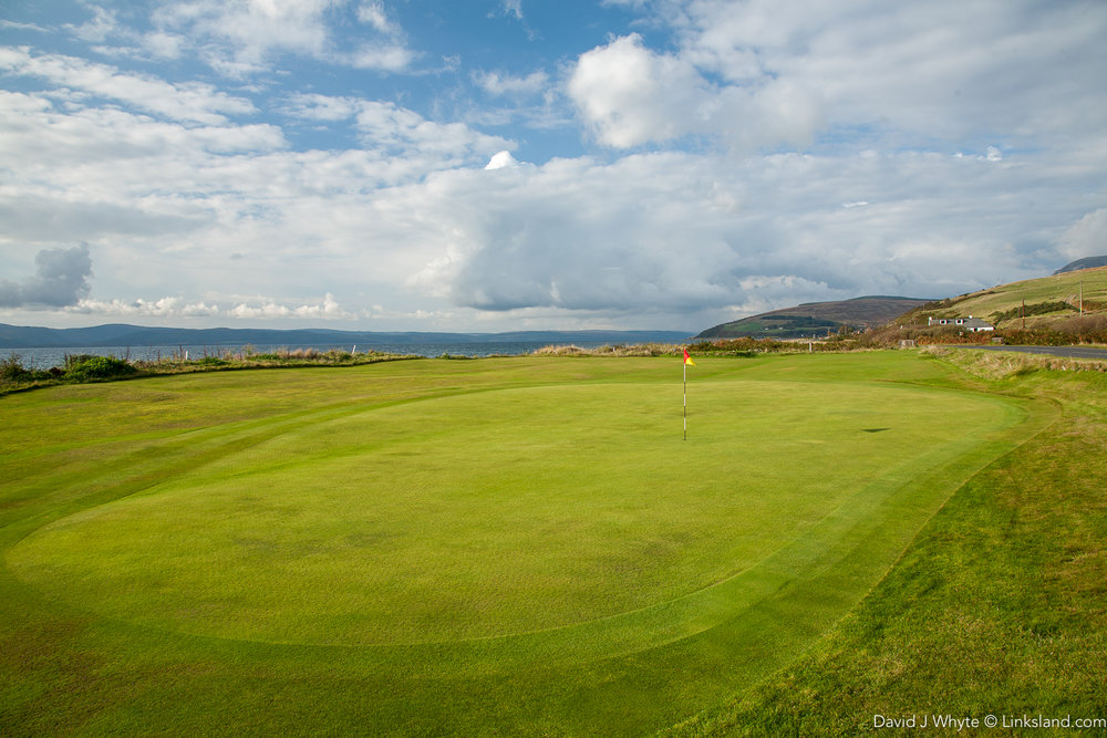 The Machrie Bay Golf Course & Tearoom - not to be confused, as Walter Hagen did with The Machrie on Islay.
