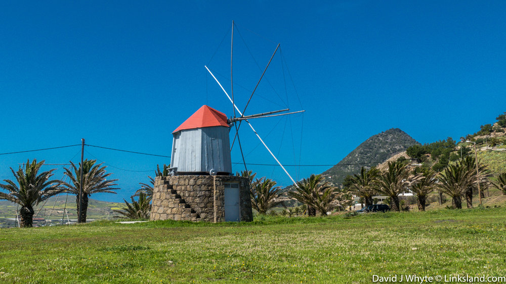 Miradouro da Portela (windmills), Porto Santo © David J Whyte @ Linksland.com.jpg