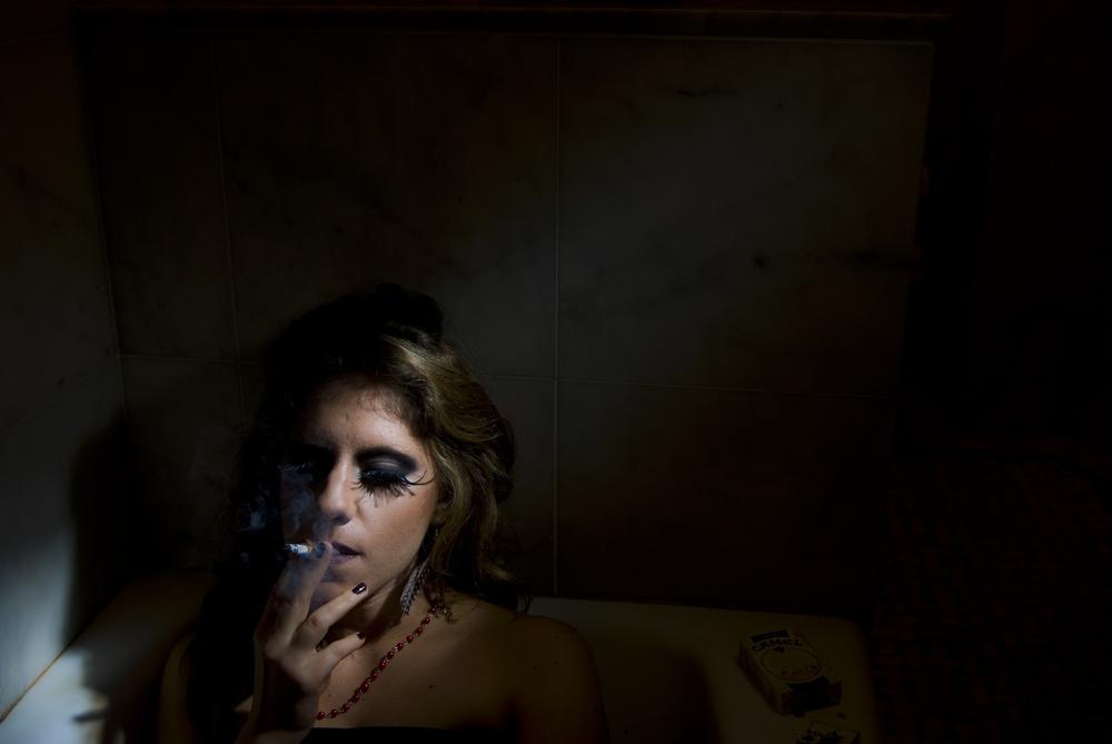 6cigarette.jpg