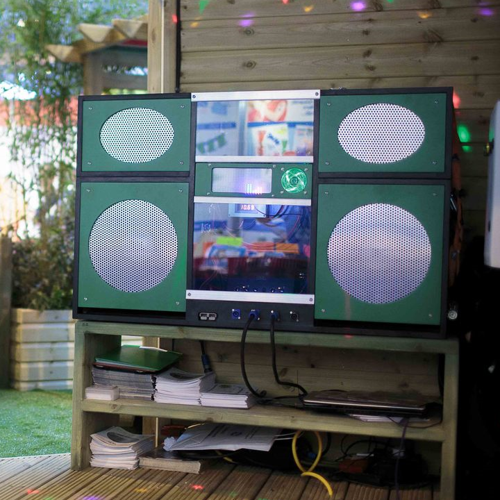 The 'Boombox' Sound System