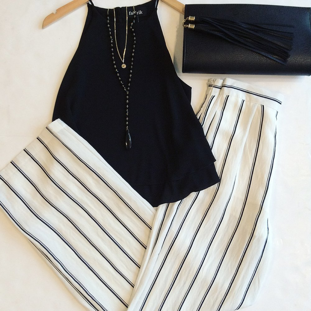 I love a wide leg pant for summer soirées or vacation evenings out. In classic black & white, these have an elegance that allows them to easily be dressed up or down, making them both chic & versatile!