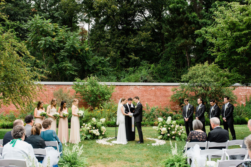 Historic_New_England_Lyman_Estate_Wedding_120.jpg