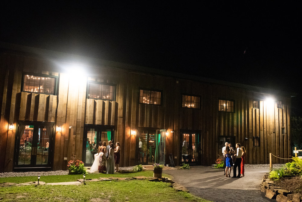 Barn_on _the_Pemi_Wedding_080.jpg