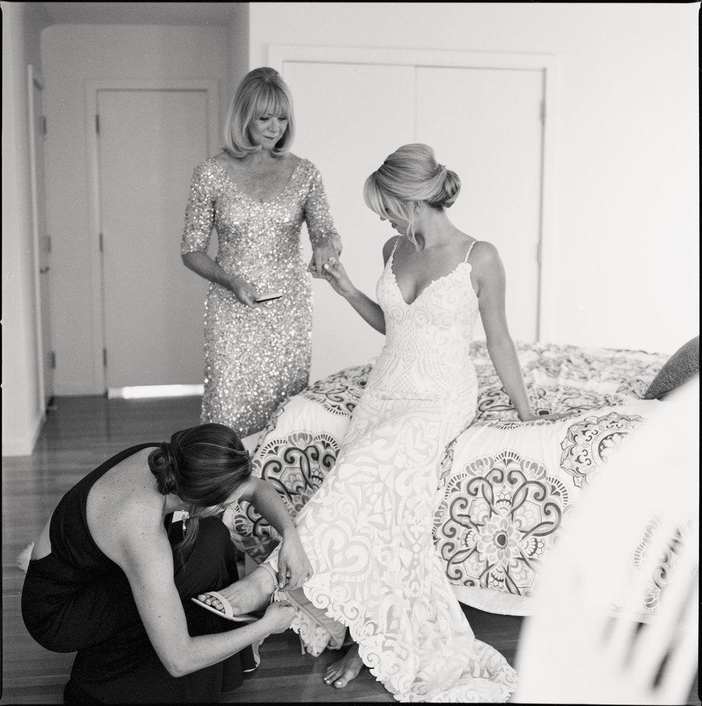 Cohasset_Inn_Atlantica_Wedding_012.jpg