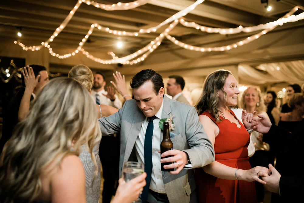 Cohasset_Inn_Atlantica_Wedding_060.jpg