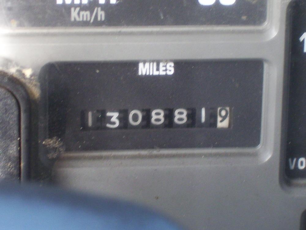 99 International Service Truck 001.jpg