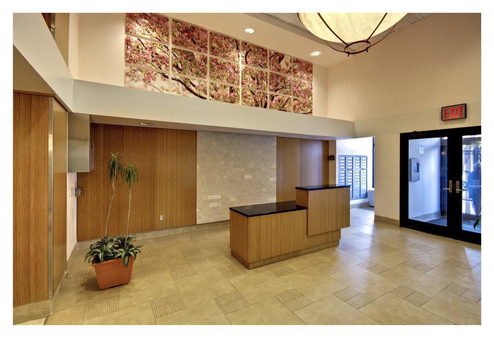 Crown-Heights-Lobby-2_resize.jpg