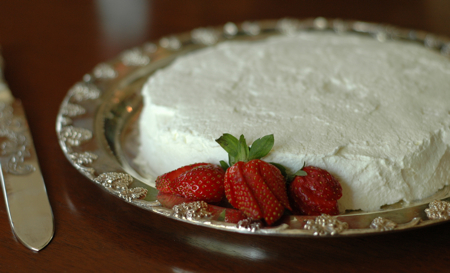Savannah Cream Cake 1
