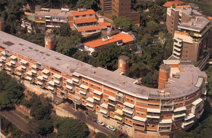 Edificio Altolar, Bello Monte, Caracas.