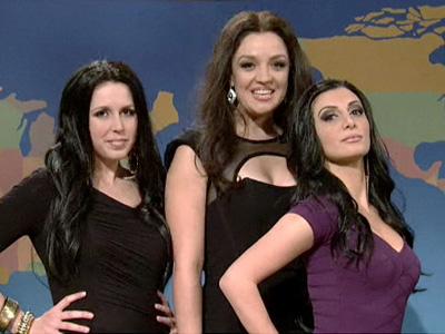 La imitación de las hermanas Kardashian en SNL.