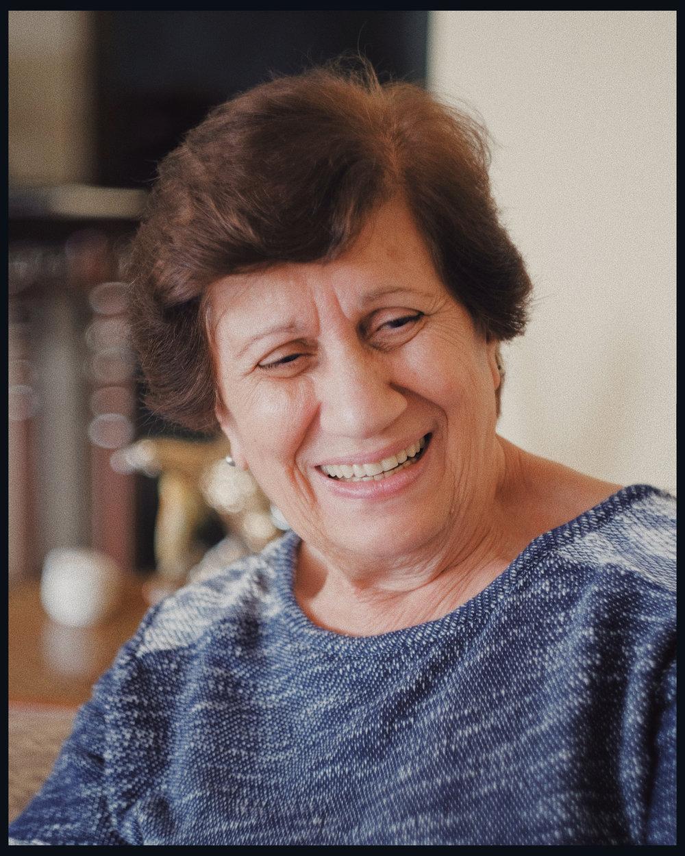 Mirey Saadeh de Sayegh, retratada por Adrián Diaz