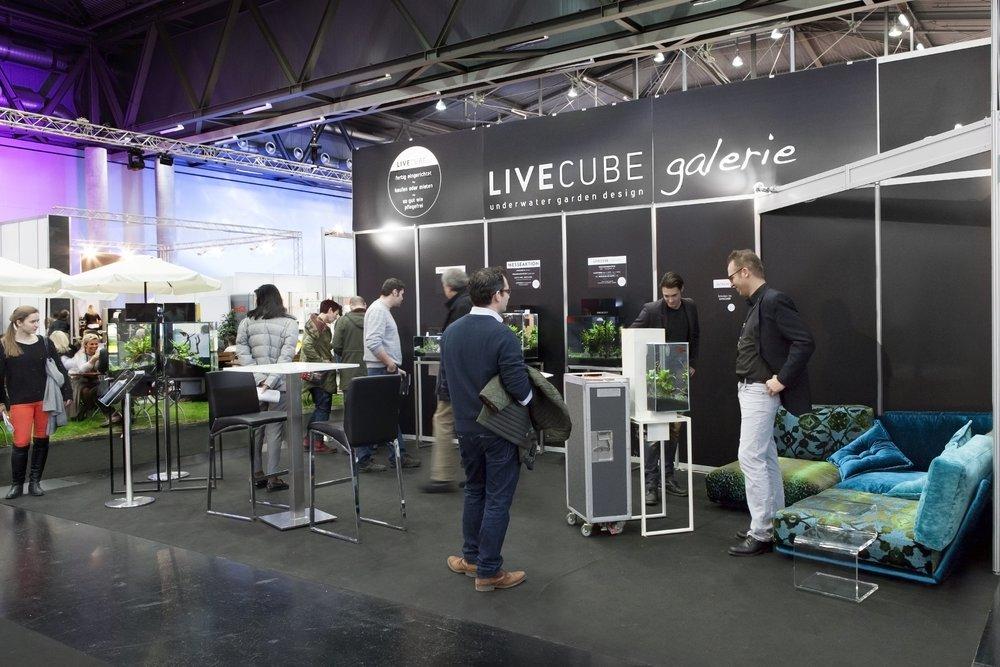 Livecube Messestand klein.jpg