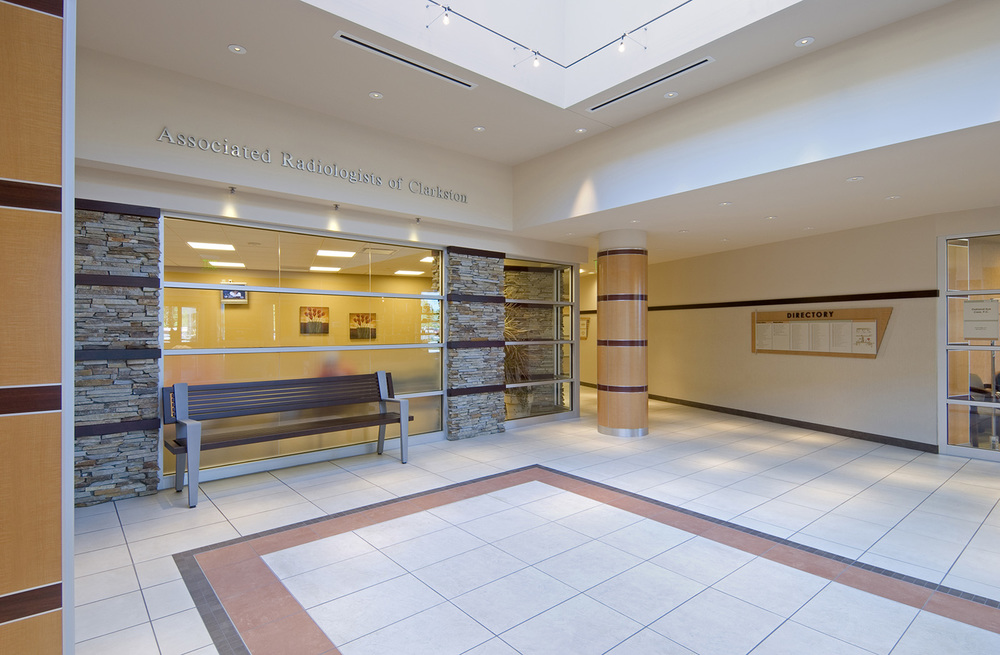 clarkston-medical-building-lobby