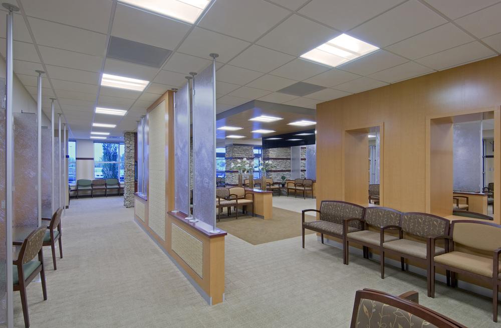 clarkston-medical-building-waiting2