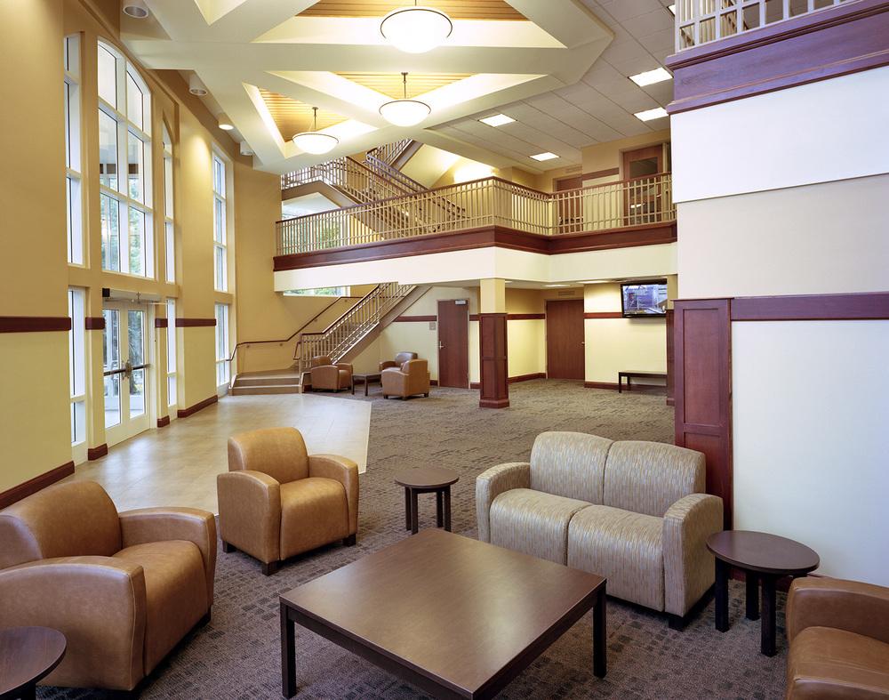 spring-arbor-residence-hall-lobby