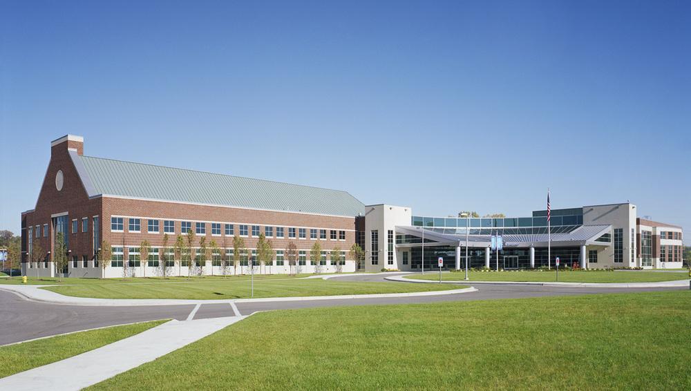 hfhs-wyandotte-hospital-exterior