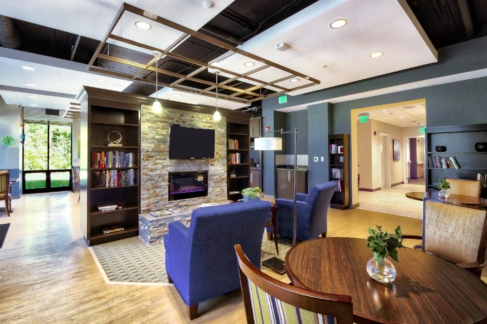Lounge space 0235.jpg