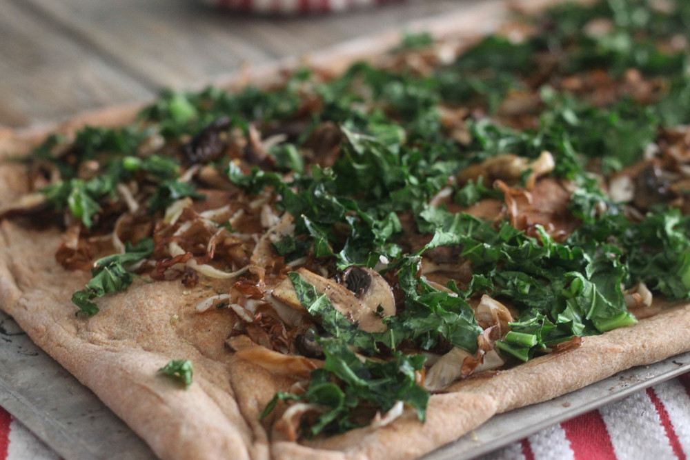 Kale, Mixed Mushroom, Radicchio Flat Bread_2