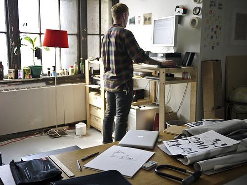 standing_desk_080812.jpg