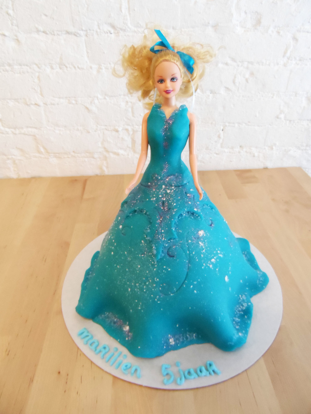 barbietaart frozen