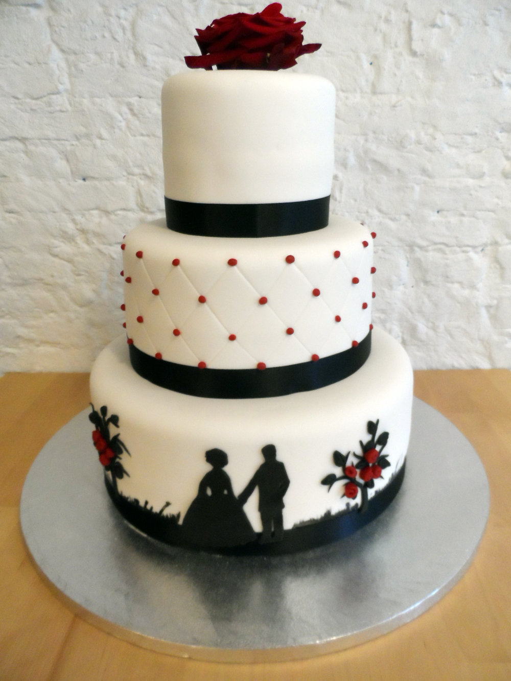 Wedding cake silhoutte trouwtaart