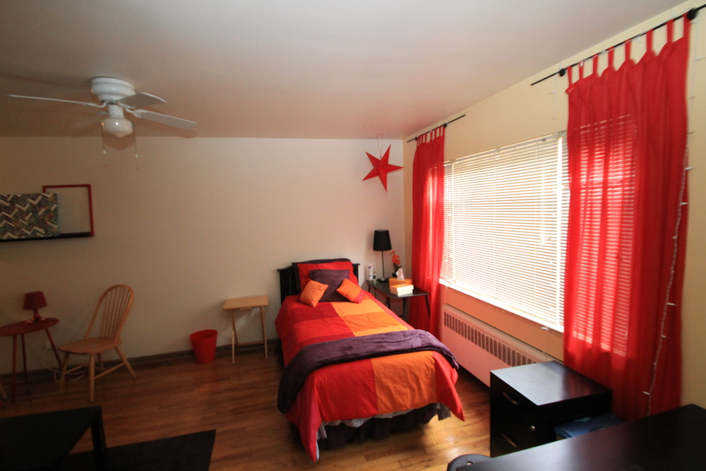 sj studio living area 2 (1).JPG