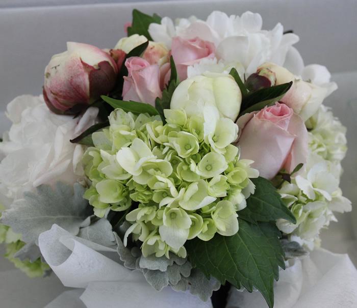 Wedding Bouquets With Hydrangeas And Peonies: Wedding club ...