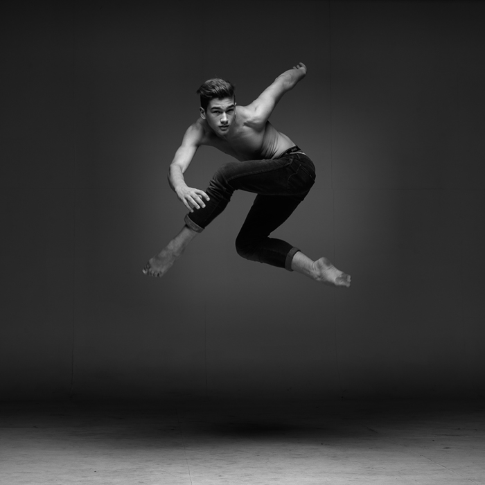 words are superfluous    the drama of dance in the air