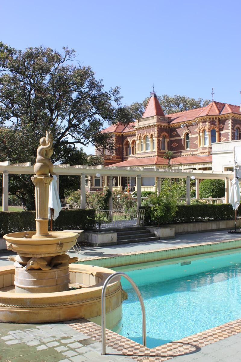 rippon lea estate swimming pool