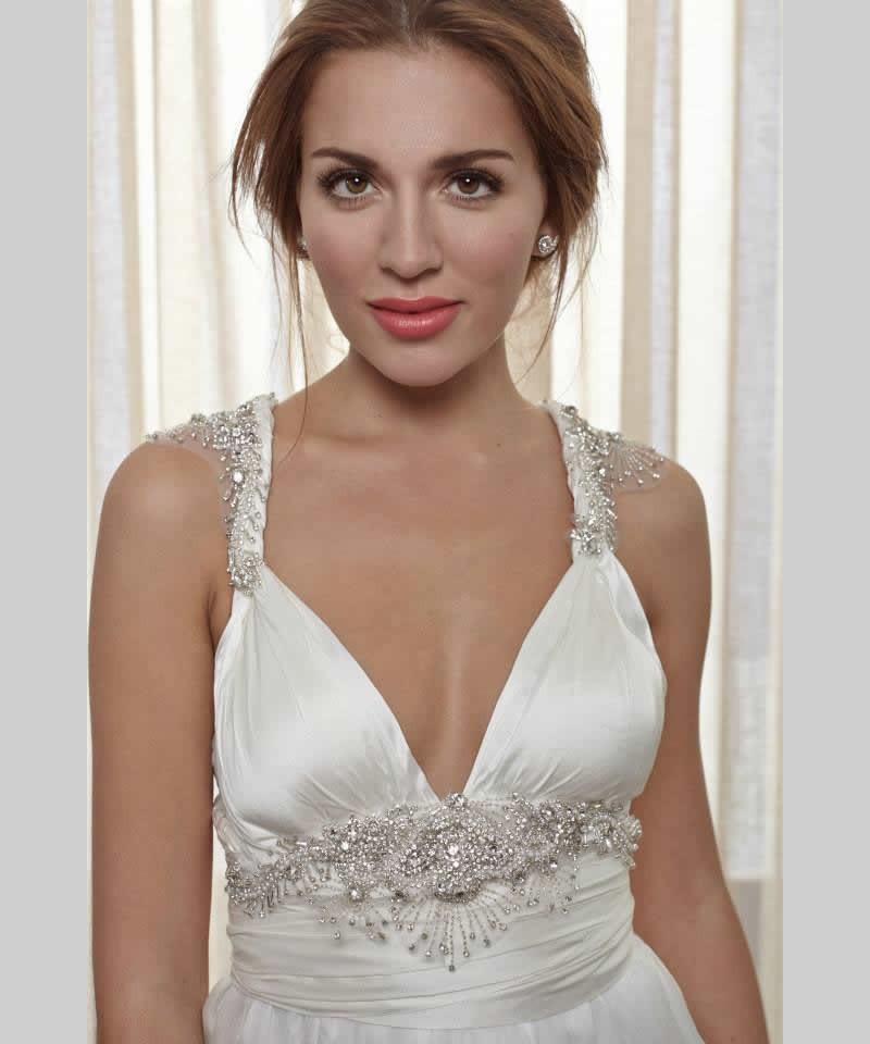 anna cambell white silk gown with sparkles